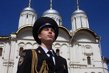 Выпускник юридического факультета КИУ – на страже Московского Кремля