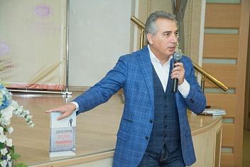 Лекция известного российского предпринимателя Эдуарда Омарова в КИУ